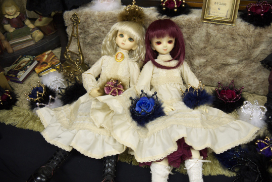 P1050888_dollshow33_edited-1.jpg