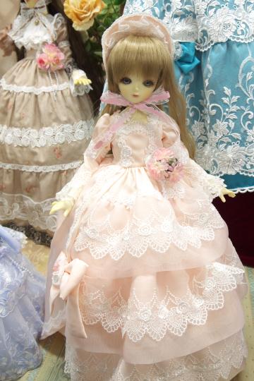P1050977_dollshow33_edited-1.jpg