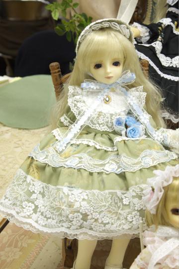 P1050987_dollshow33_edited-1.jpg