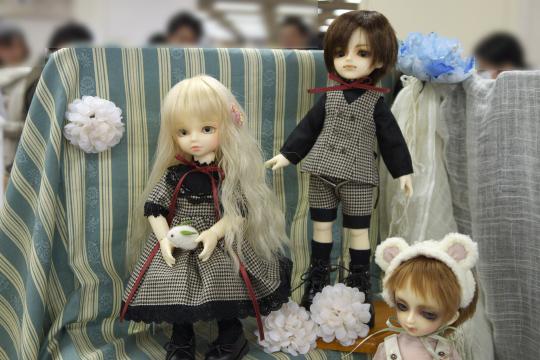 P1060051_dollshow33_edited-1.jpg