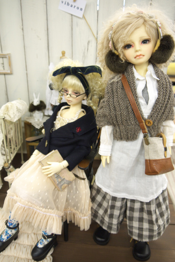 P1060168_dollshow33_edited-1.jpg