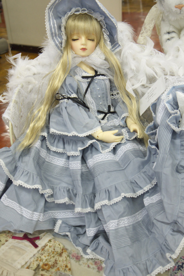 P1060180_dollshow33_edited-1.jpg