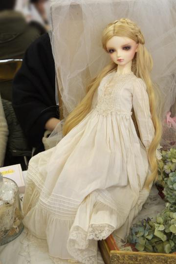P1060204_dollshow33_edited-1.jpg