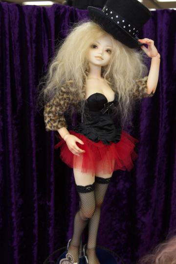 P1060207_dollshow33_edited-1.jpg