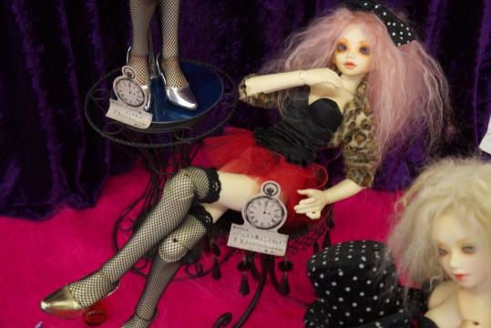 P1060208_dollshow33_edited-1.jpg