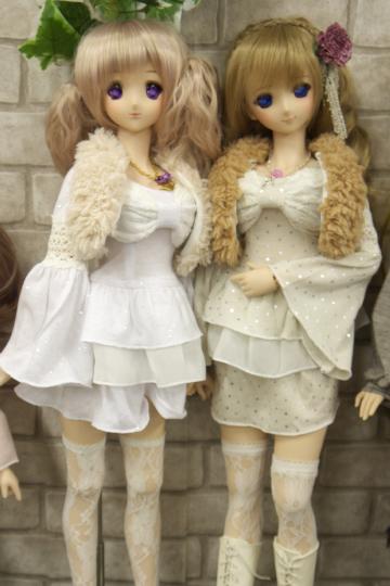 P1060224_dollshow33_edited-1.jpg