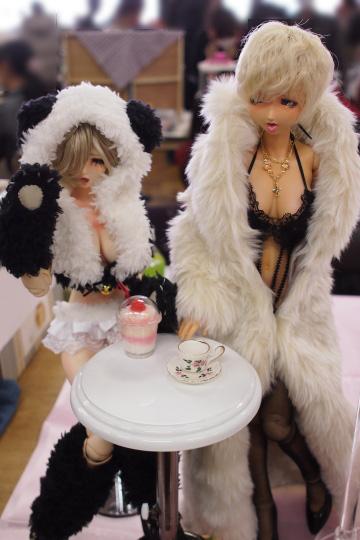 P1201939_dollshow36_edited-1.jpg