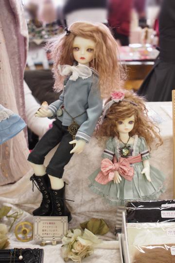 P1202060_dollshow36_edited-1.jpg