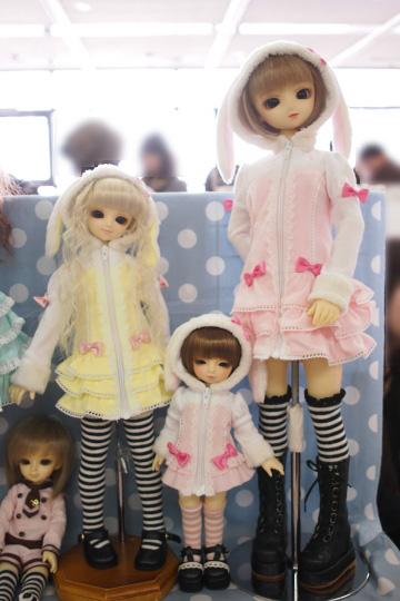 P1202065_dollshow36_edited-1.jpg