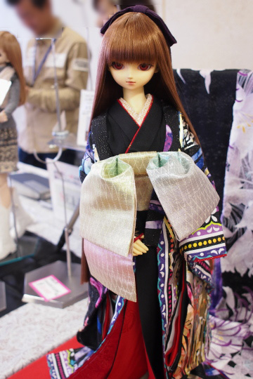 P1202127_dollshow36_edited-1.jpg