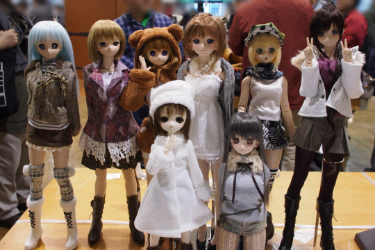 P1202206_dollshow36_edited-1.jpg