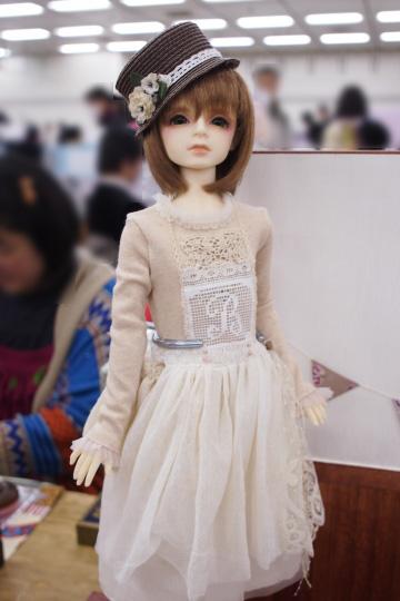 P2242797_dollshow_y_edited-1.jpg