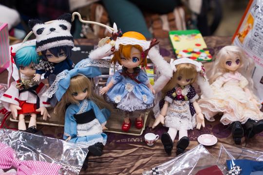 PC042700-idoll48.jpg